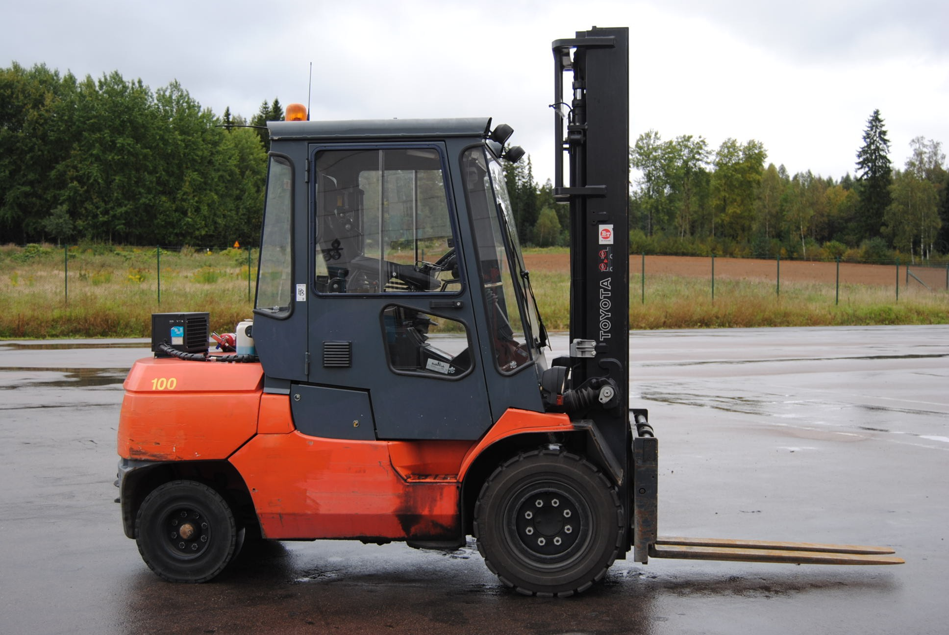 USED TOYOTA FORKLIFT TRUCKS FOR SALE